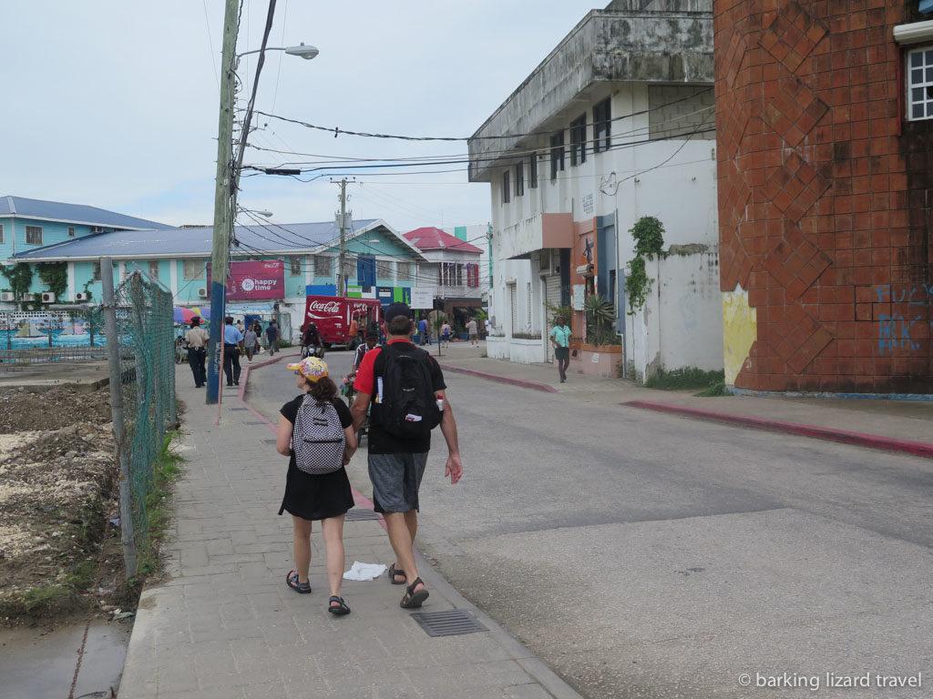 photo of street scene in belize city
